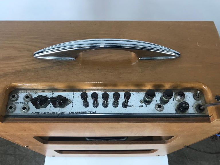 American Extremely Rare 1954 Alamo Electrical Musical Amplifier, Model 6A For Sale