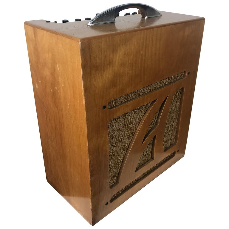 Extremely Rare 1954 Alamo Electrical Musical Amplifier, Model 6A For Sale