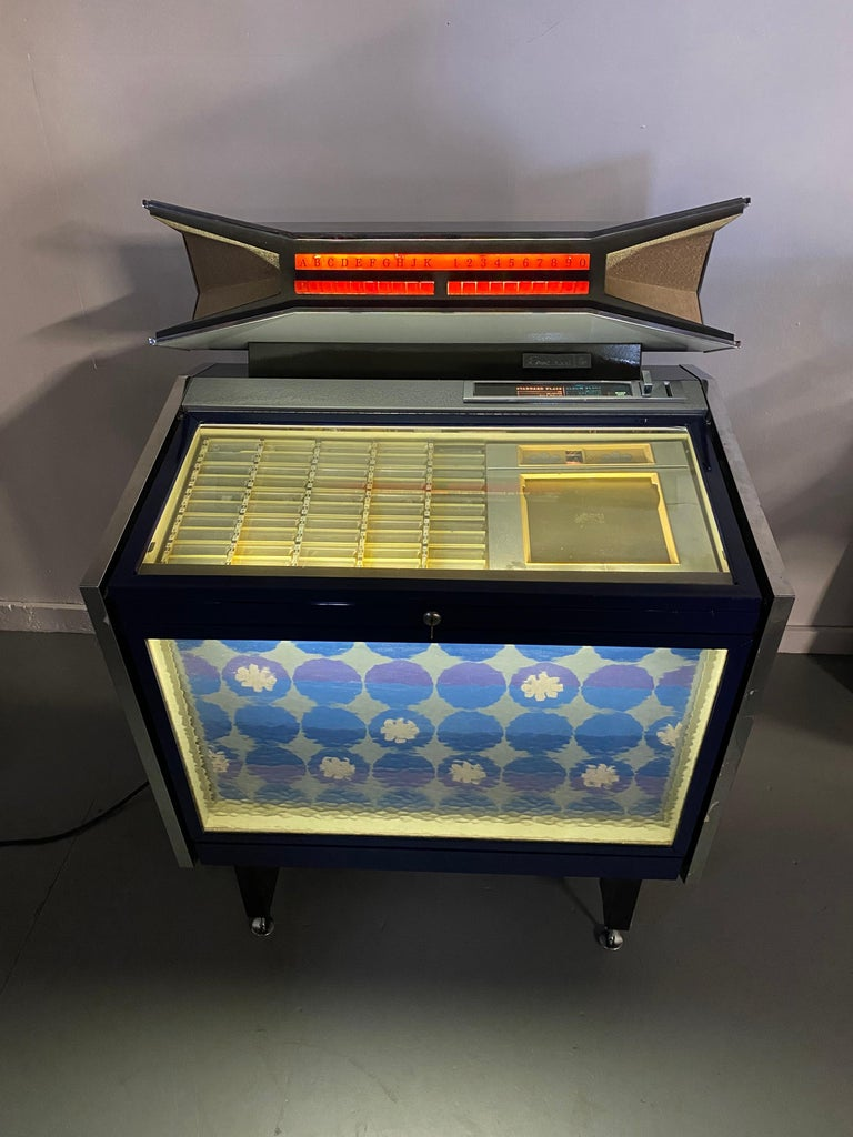American Extremely Rare AMI / Rowe CMM1 Cadette Jukebox, Modernist, Jetsons Design For Sale