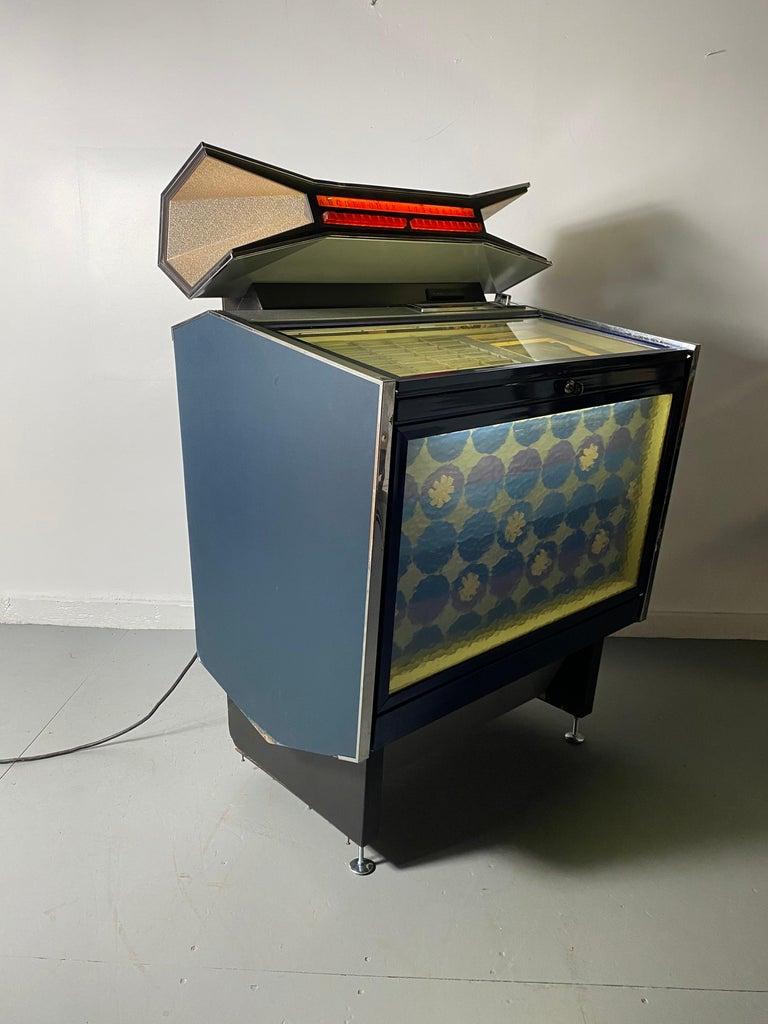 Extremely Rare AMI / Rowe CMM1 Cadette Jukebox, Modernist, Jetsons Design For Sale 1