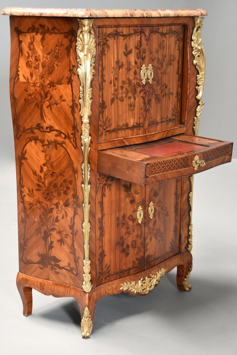 Extremely Rare French Fine Quality Mid-18th Century Louis XV Secretaire Cabinet For Sale 1