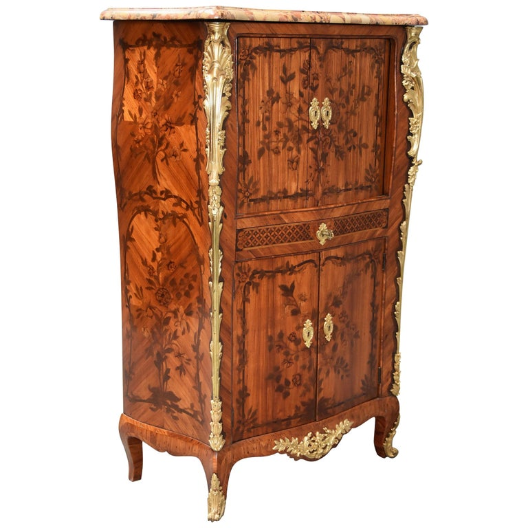 Extremely Rare French Fine Quality Mid-18th Century Louis XV Secretaire Cabinet For Sale