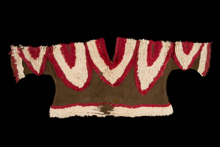 Extremely Rare Pre-Columbian Chimu Gauze Poncho Textile, Peru, 1000-1450 AD For Sale 3