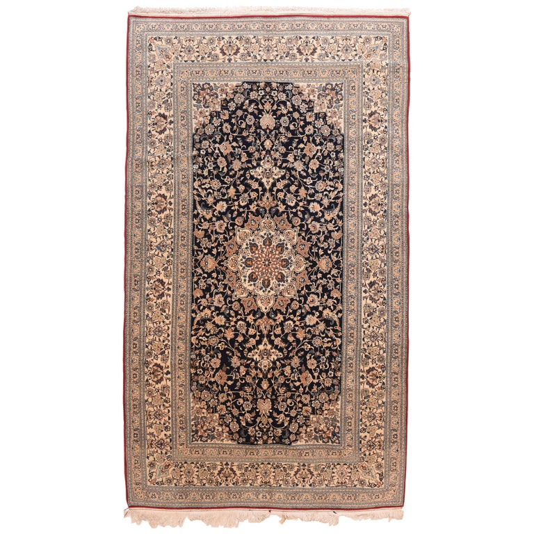 Fine Persian Naeen Area Rug For Sale