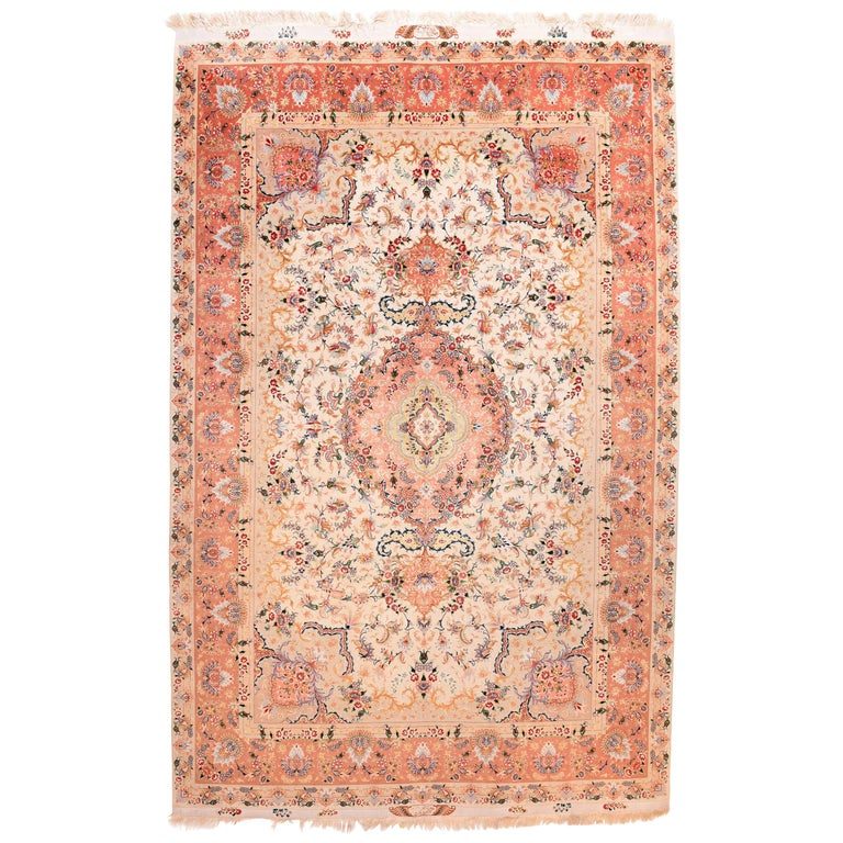 Extremly Fine Vintage Persian Tabriz Rug, Hand Knotted, circa 1970s For Sale