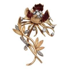 Eye-Catching 1940 Blossoming Flower Diamond Spray Brooch 18 Karat Gold