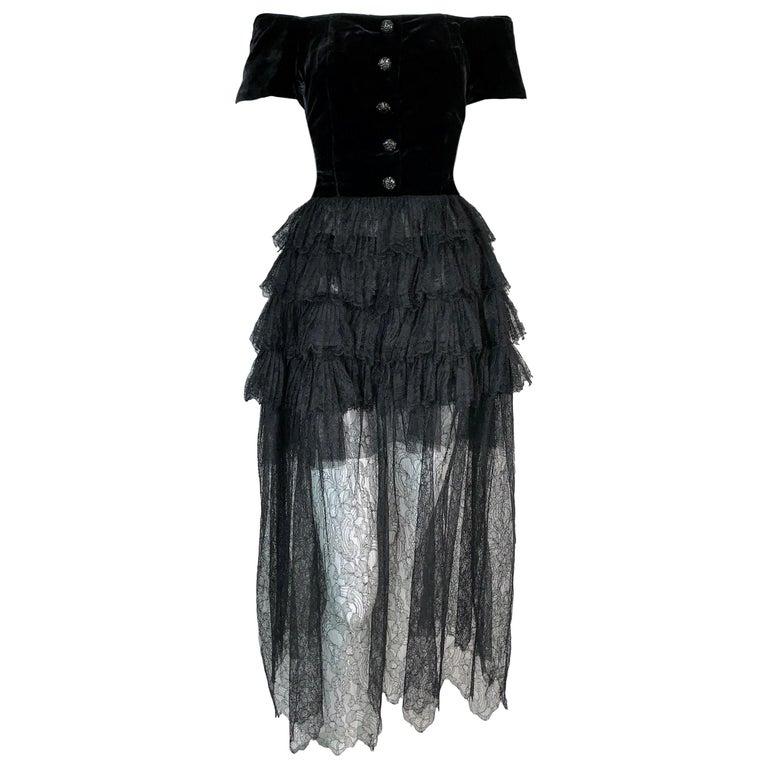 F/W 1991 Chanel Runway Off Shoulder Velvet & Lace Gown Dress For Sale