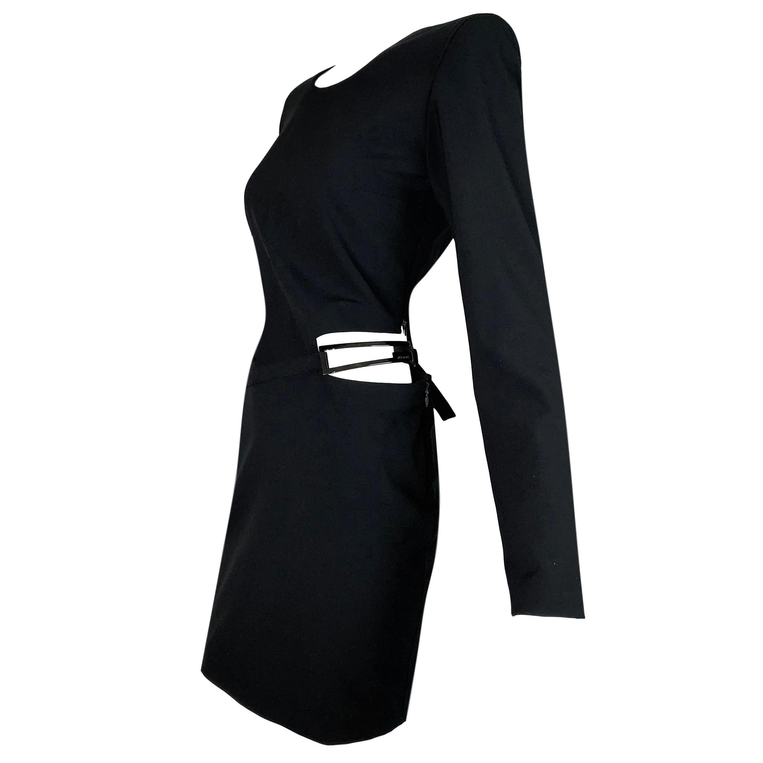 91f41dd5abf Tom Ford for Gucci: Dresses, Coats & More - 331 For Sale at 1stdibs