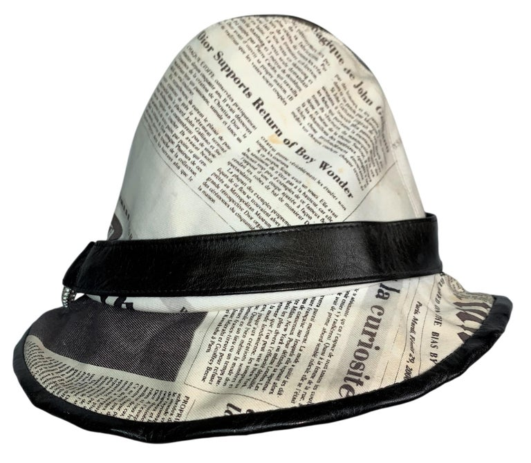 Black F/W 2000 Christian Dior John Galliano Newsprint Logo by Stephen Jones Top Hat For Sale