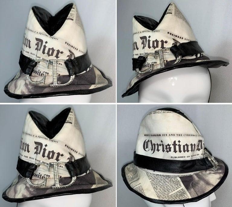 F/W 2000 Christian Dior John Galliano Newsprint Logo by Stephen Jones Top Hat For Sale 1