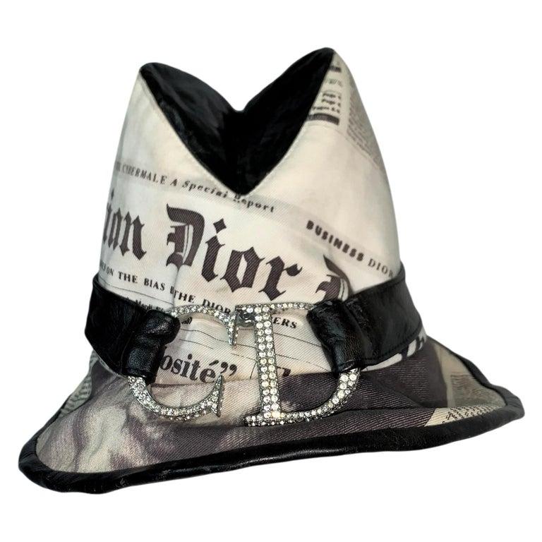 F/W 2000 Christian Dior John Galliano Newsprint Logo by Stephen Jones Top Hat For Sale