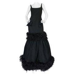 F/W 2004 Oscar de la Renta Silk & Ostrich Feather Trim Gown