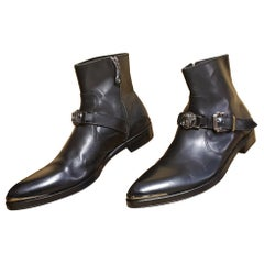 F/W 2011 look # 7 NEW VERSACE BLACK LEATHER BOOTS with SILVER MEDUSA 44 - 11