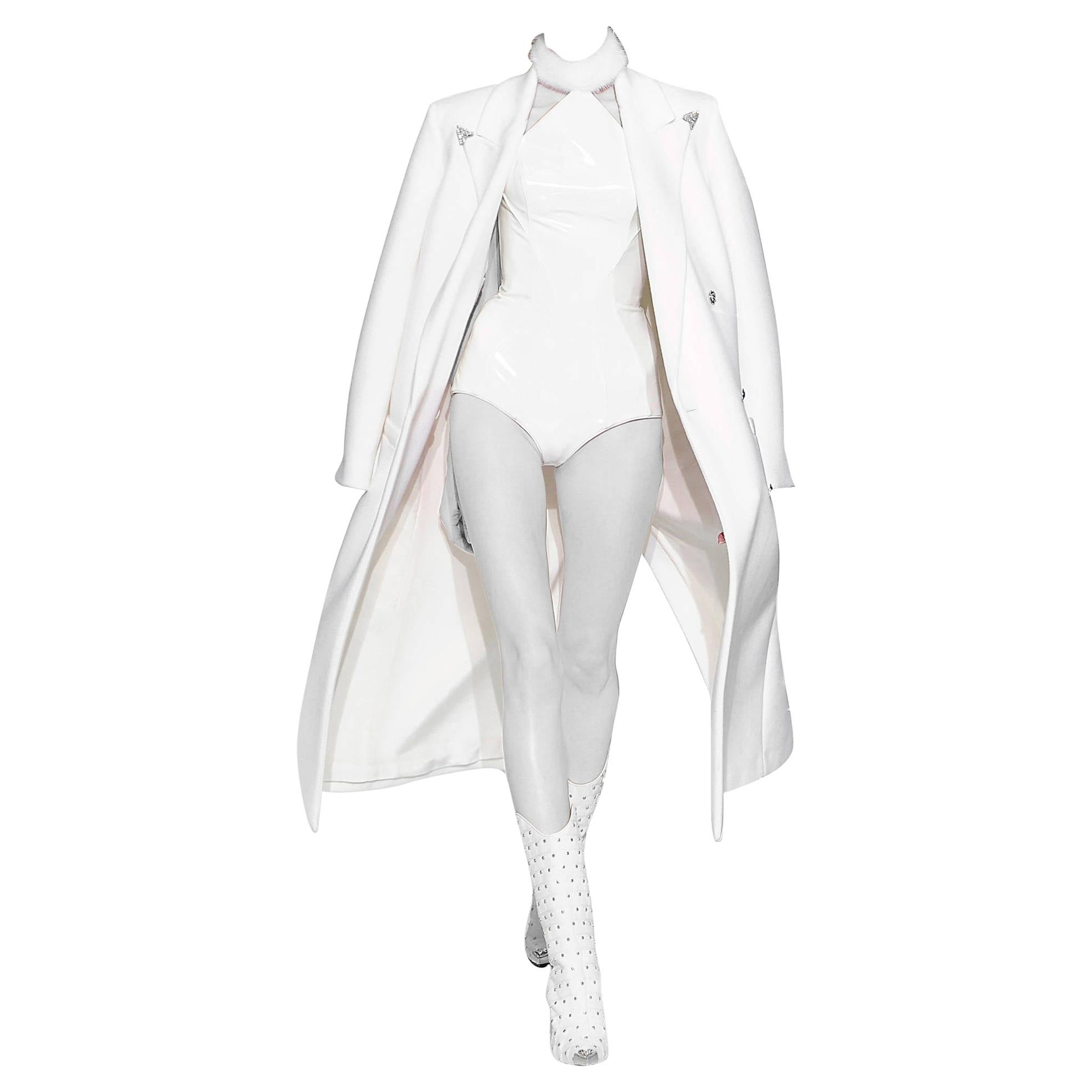 F/W13 LOOK#1 VERSACE WHITE JAPANESE VINYL BODYSUIT with COAT and BOOTS