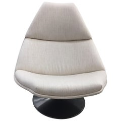 Artifort F510 Fabric Swivel Lounge Chair