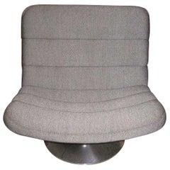 Artifort F978 Grey Fabric Swivel Lounge Chair