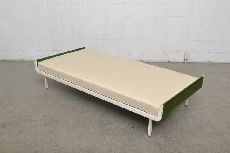 Enameled Midcentury Green Teak and Metal Auping Daybed For Sale