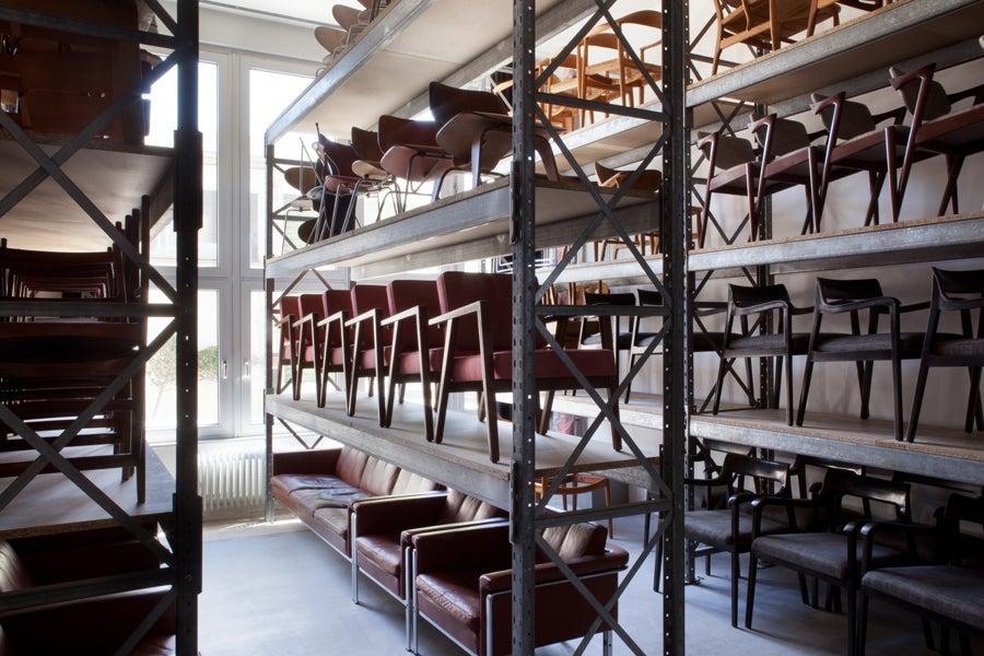 frank landau selected design objects fine art interior design frankfurt hessen 60314 1stdibs. Black Bedroom Furniture Sets. Home Design Ideas