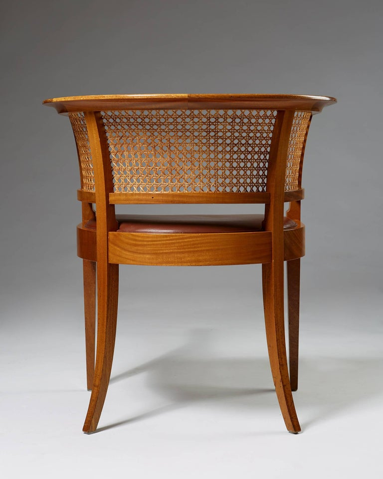 Faaborg Chair Designed by Kaare Klint for Rud. Rasmussen, Denmark, 1914 In Excellent Condition For Sale In Stockholm, SE