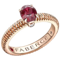 Fabergé 18 Karat Rose Gold Oval Ruby Fluted Ring