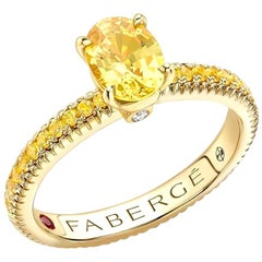 18K Yellow Gold Oval Yellow Sapphire Fluted Ring with Yellow Sapphire Shoulders