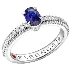 18K White Gold Sapphire Fluted Ring with Diamond Shoulders