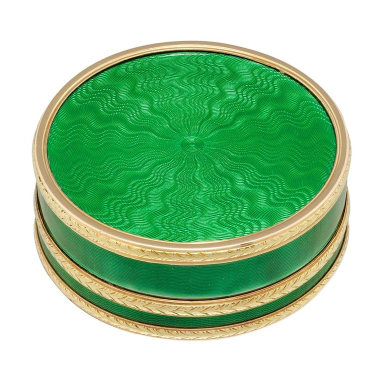 Faberge Circular Green Enamel Silver-Gilt Gold Pill Box In Good Condition For Sale In London, GB