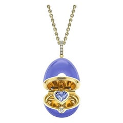 Fabergé Essence Yellow Gold Locket with Heart Shaped Blue Sapphire 1246FP2854