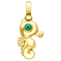 Fabergé Essence Yellow Gold Seahorse Charm with Emerald Eyes
