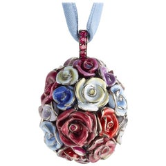 L'Oeuf Bouquet de Roses - The Bunch of Roses Egg