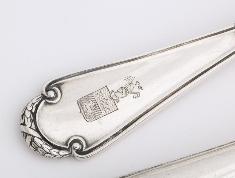 Women's or Men's Fabergé Neoclassical Silver Dinner Knife and Fork, Moscow, circa 1900 For Sale