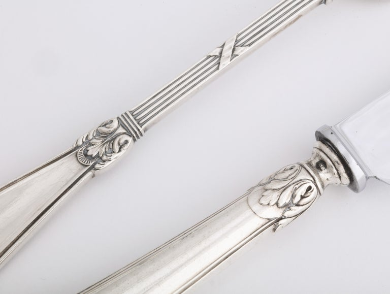 Fabergé Neoclassical Silver Dinner Knife and Fork, Moscow, circa 1900 For Sale 1