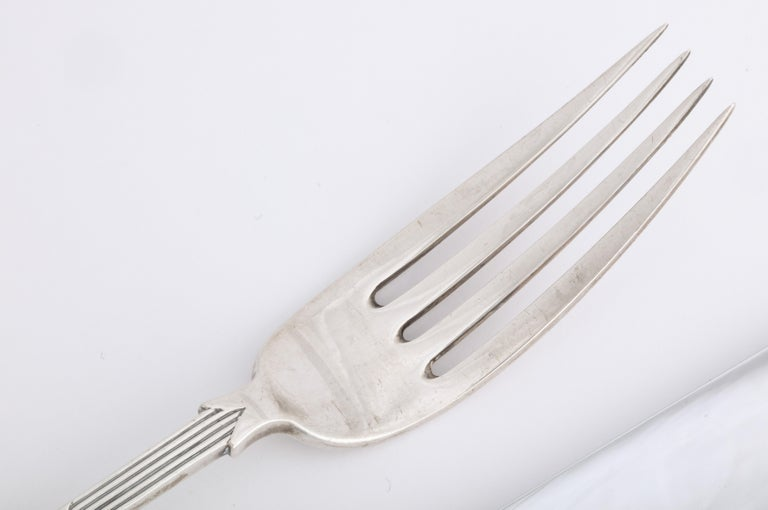 Fabergé Neoclassical Silver Dinner Knife and Fork, Moscow, circa 1900 For Sale 5