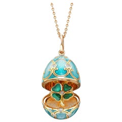 Palais Tsarskoye Selo Turquoise Locket with Clover Surprise