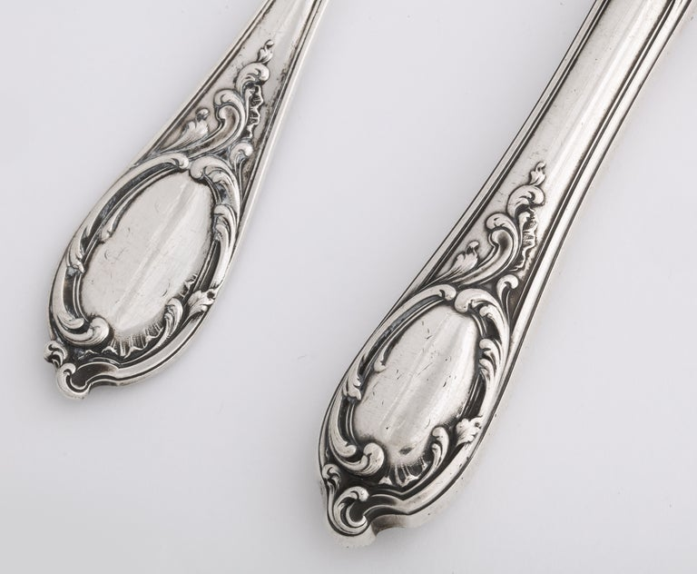 Women's or Men's Fabergé Silver Dinner Knife and Fork, Moscow, circa 1900 For Sale