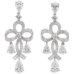 Fabergé Soie Blanche Round White Diamonds and Pear Shape Diamonds Earrings