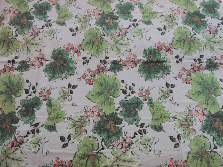 Mid-Century Modern Fabric by the Yard: Printed Cotton Green and Red Grapes Vineyard For Sale