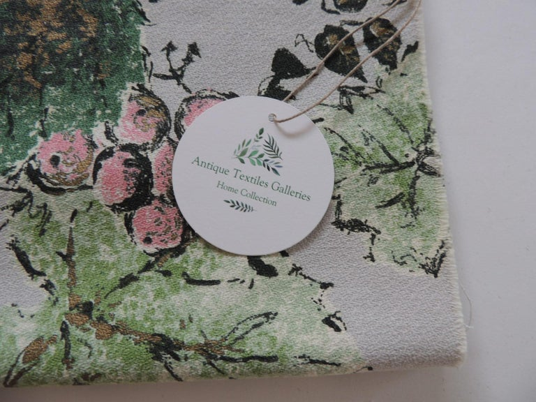American Fabric by the Yard: Printed Cotton Green and Red Grapes Vineyard For Sale