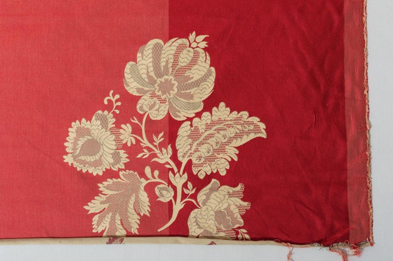 Fabric Cut Mulberry Lace Damask For Sale 1