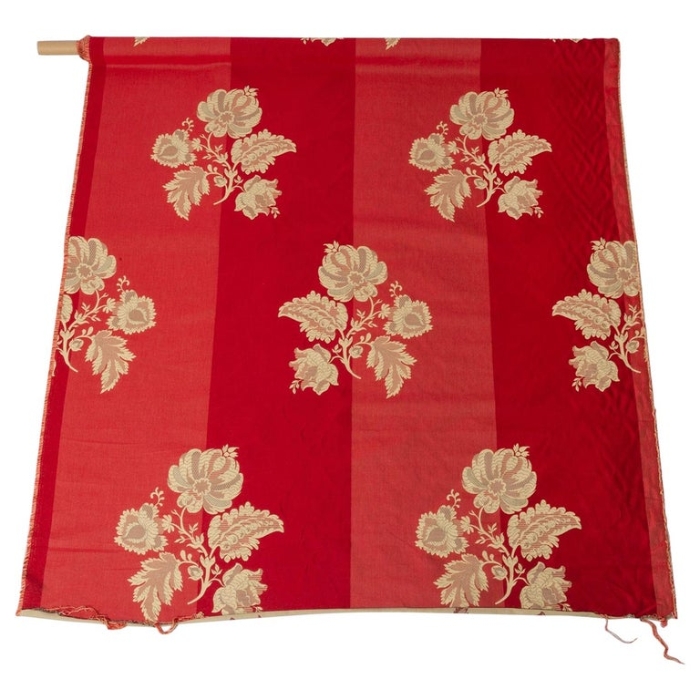 Fabric Cut Mulberry Lace Damask For Sale