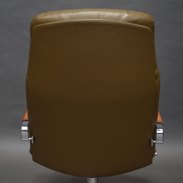 Fabricius and Kastholm FK86 for Kill International Leather Swivel Lounge Chairs For Sale 9