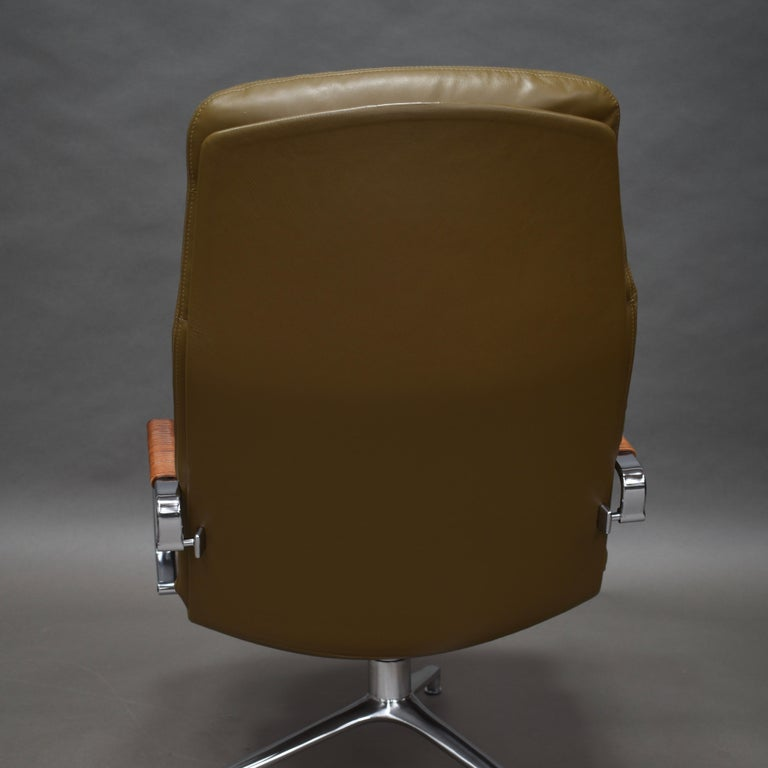 Fabricius and Kastholm FK86 for Kill International Leather Swivel Lounge Chairs For Sale 10