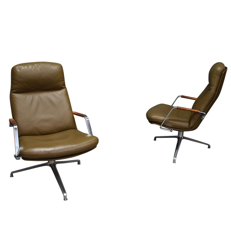 Gorgeous and elegant pair of FK-86 lounge chairs in olive green leather by Preben Fabricius and Jørgen Kastholm for Kill International, Denmark / Germany – 1968.  These chairs still remain excellent / mint condition. They have not been used much.