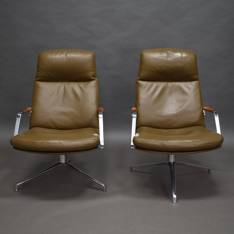 Fabricius and Kastholm FK86 for Kill International Leather Swivel Lounge Chairs For Sale 3