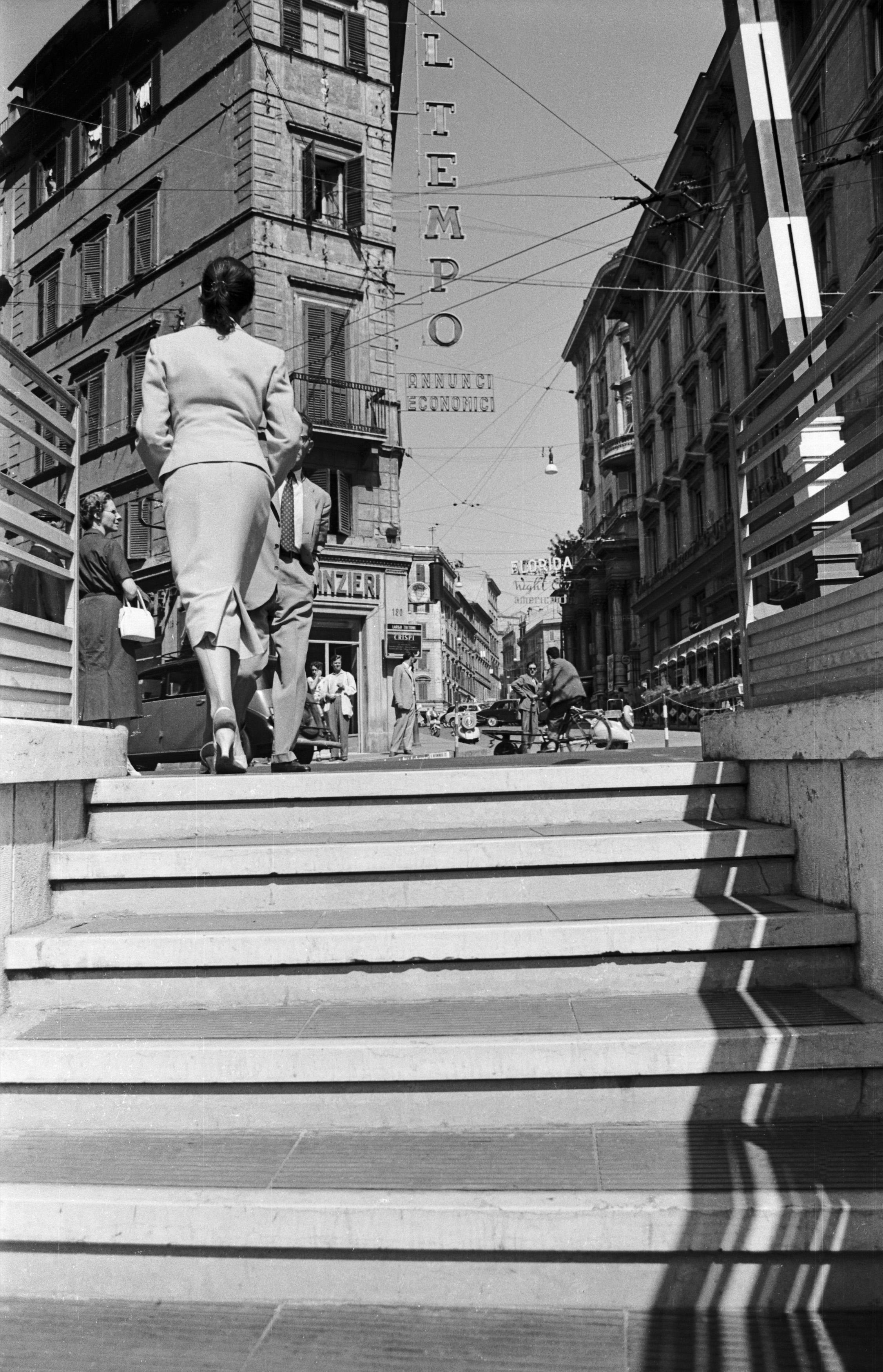 Rotondità, 1963 - Contemporary Black & White Photography