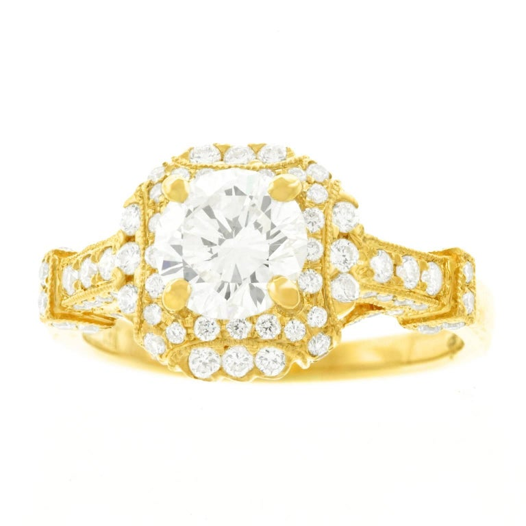 Fabulous 1.14 Carat Diamond Set Yellow Gold Ring GIA For Sale 1