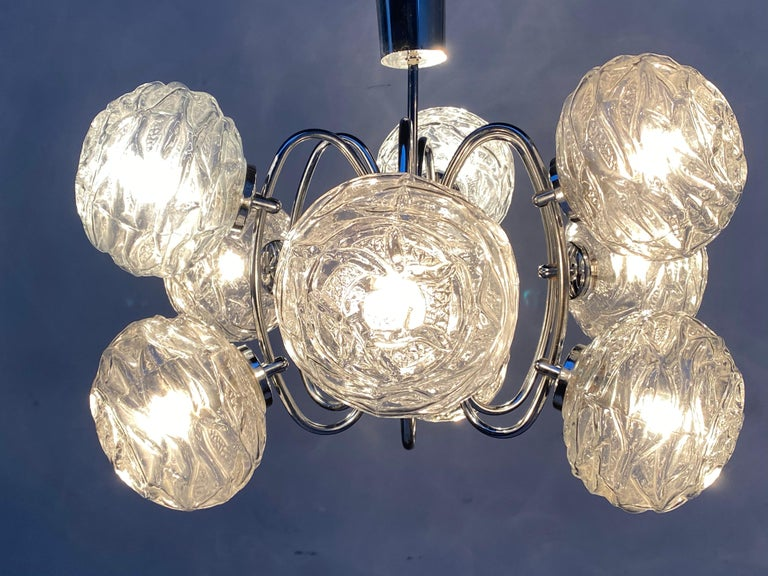 Fabulous 1970s Space Age 9 Glass Spheres and Chrome Chandelier, Germany For Sale 5