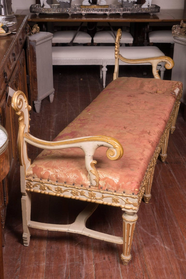 19th century Venetian decorative long two-arm painted and carved Italian bench.