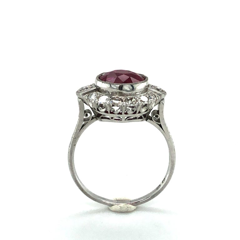 Fabulous Art Deco Ring with Burmese Ruby and Diamonds in Platinum 950 2