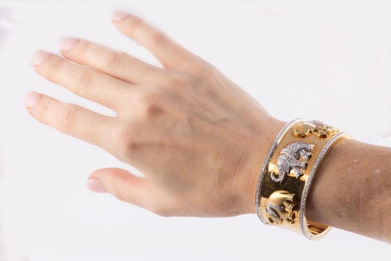 Women's Fabulous Gold and Diamond Elephant Cuff Bracelet For Sale
